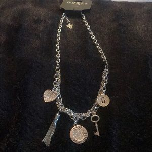 NWT two toned & rhinestone GUESS necklace